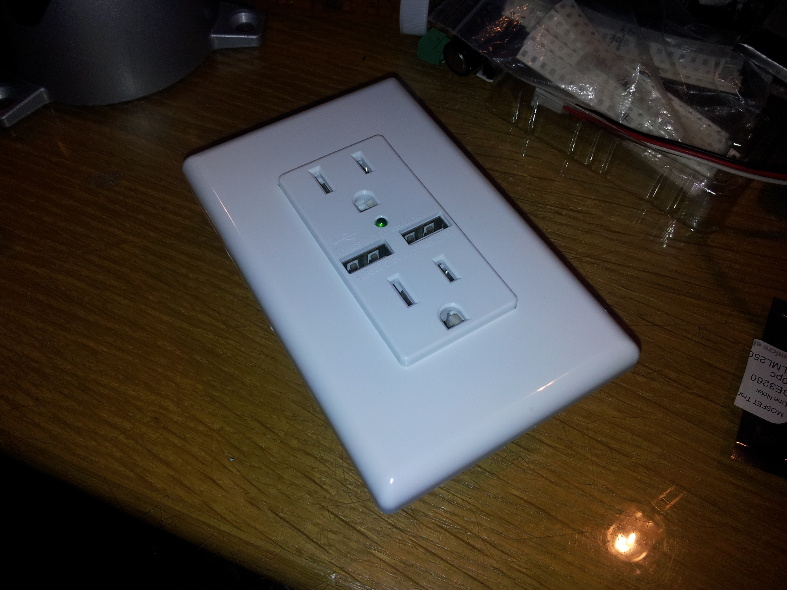 Review, teardown and analysis of Charging Essentials USB wall outlet ...